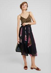 Ted Baker - MEEYA - A-line skirt - black - 1