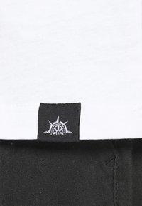 Newport Bay Sailing Club - 5 PACK - T-shirt - bas - white/forest green/burgundy - 5