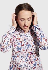 Eterna - MODERN CLASSIC - Button-down blouse - blue/saffron/white - 2