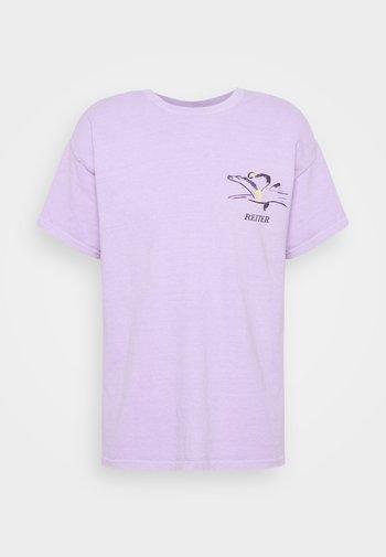 ART TEE  - Printtipaita - lilac