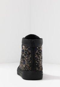 Steve Madden - RIOT - Sneakersy wysokie - black/silver - 3