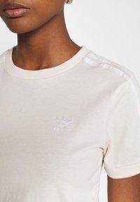 adidas Originals - STRIPES TEE - Print T-shirt - off-white - 5