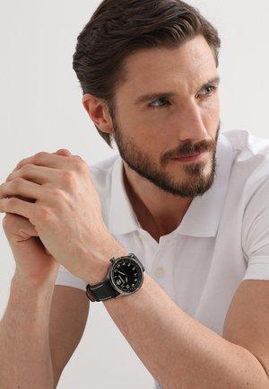 MATTISON - Horloge - schwarz