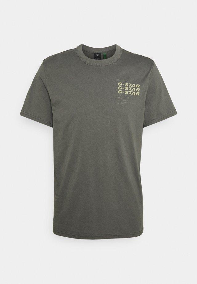 BIG BACK GRAPHIC - Print T-shirt - grey
