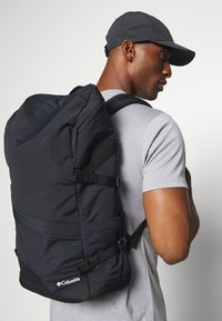 Columbia - FALMOUTH 24L BACKPACK UNISEX - Rygsække - black - 0