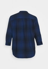 Lee Plus - ESSENTIAL BLOUSE - Pusero - washed blue - 1