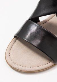 Gabor Comfort - Sandals - schwarz - 2