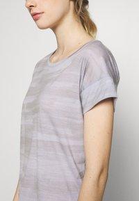 Icebreaker - VIA SCOOP - T-shirts med print - mercury heather - 4