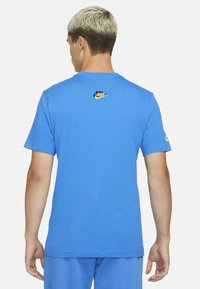 Nike Sportswear - T-shirts print - signal blue - 2