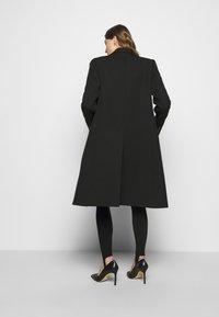 Victoria Beckham - DOUBLE BREASTED TUXEDO COAT - Klasický kabát - black - 5