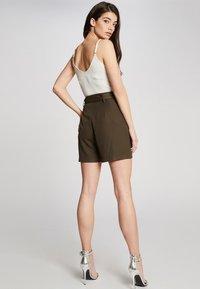 Morgan - Shorts - olive - 2