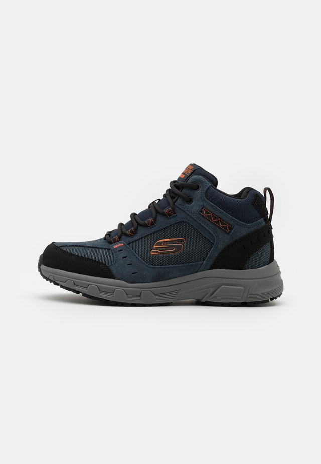 OAK CANYON - High-top trainers - navy/orange