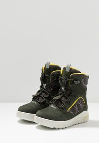 ECCO - URBAN SNOWBOARDER - Winter boots - deep forest/canary - 3