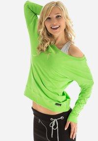 Winshape - LONGSLEEVE - Sweatshirt - apfelgrün - 3