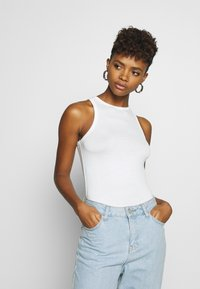 Nly by Nelly - A SIMPLE TANK - Top - white - 0