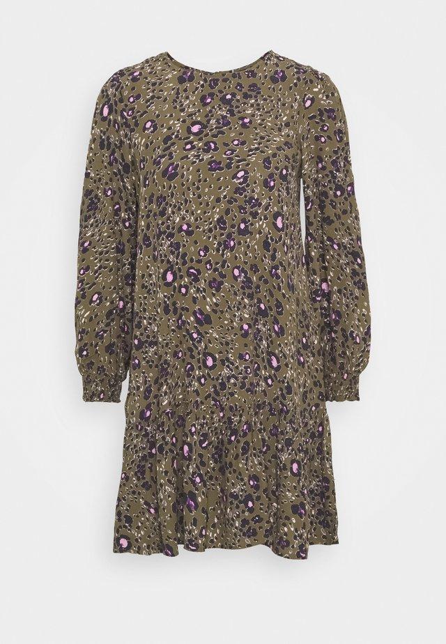 VMSANDRA ONECK SHORT DRESS - Vestido informal - beech