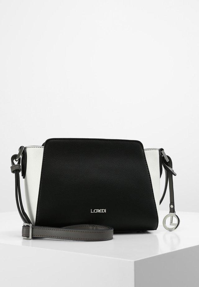 UMHÄNGETASCHE ELEONORA UMHÄNGETASCHE - Across body bag - black