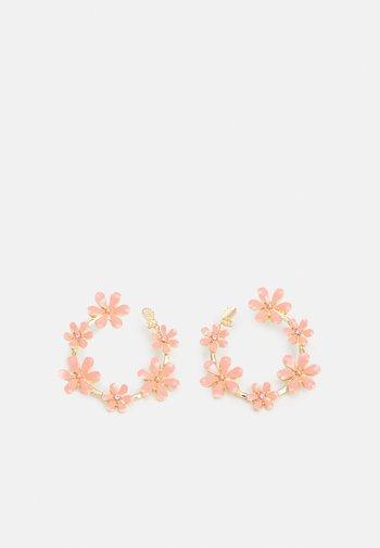 ONLDORI FLOWER EARRING