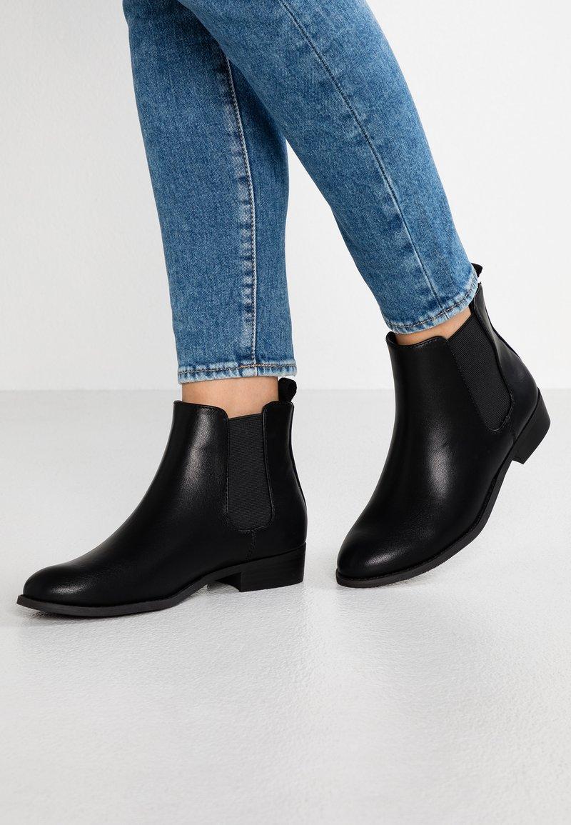 Bianco - BFBELENE CLASSIC  - Ankle Boot - black