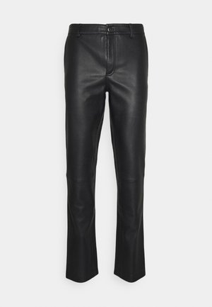 FITTED TOUSERS - Leather trousers - black