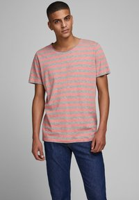 Jack & Jones - Print T-shirt - rosette - 0