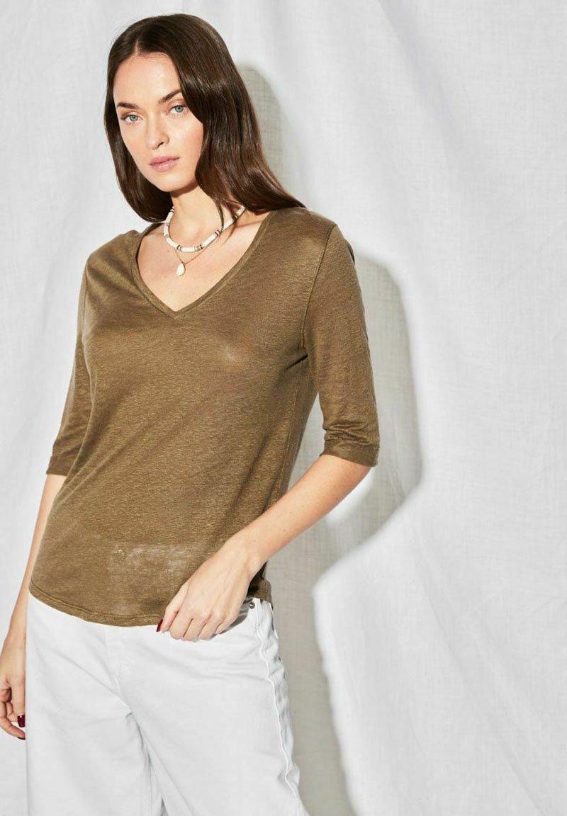 Not Shy - Long sleeved top - khaki