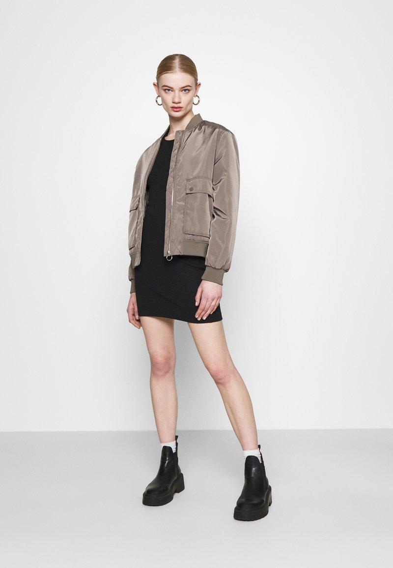 Even&Odd - 2 PACK - Mini skirt - black/khaki