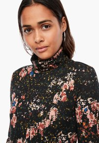 QS by s.Oliver - Long sleeved top - black aop - 3