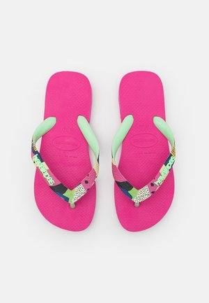 TOP VERANO - Pool shoes - pink flux