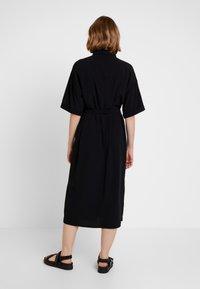 Monki - ELOISE DRESS - Skjortekjole - black - 2