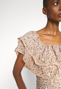 Maya Deluxe - BARDOT ALL OVER SEQUIN MAXI DRESS WITH RUFFLES - Abito da sera - taupe blush - 5