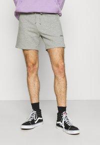 Jack & Jones - JJIWINKS 2 PACK - Shorts - tap shoe - 3