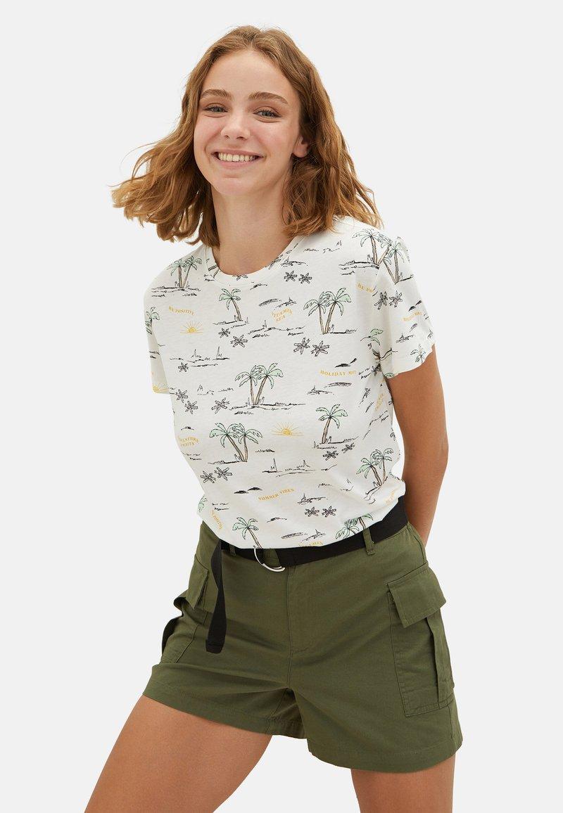 LC Waikiki - SHORT SLEEVE - Print T-shirt - ecru