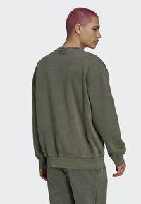 adidas Originals - Sweatshirt - brown - 1