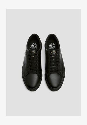 SCHWARZE SNEAKER MIT BROGUING 12204540 - Sneakers - black