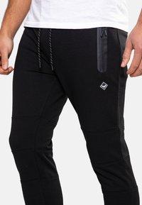 Threadbare - TRISTAIN  - Pantaloni sportivi - black - 3