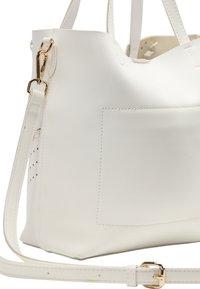usha - Handbag - white - 4