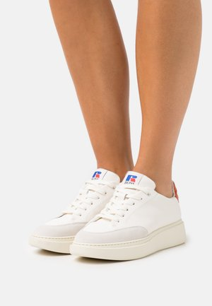 Boss x Russell Athletic AMBER  - Trainers - white