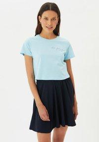 Trendyol - Print T-shirt - blue - 1