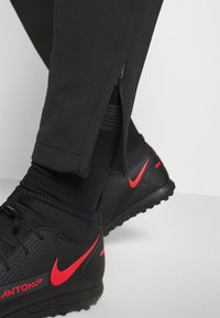 Nike Performance - DRY ACADEMY SUIT - Tracksuit - black/siren red - 8