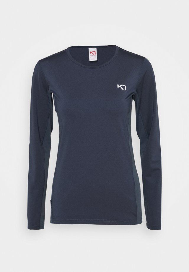 NORA - Langærmede T-shirts - marin