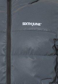Sixth June - REFLECTIVE - Talvitakki - black - 2