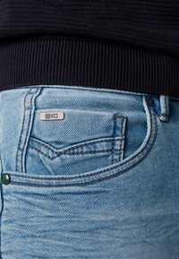 No Excess - Denim shorts - bleach denim - 3
