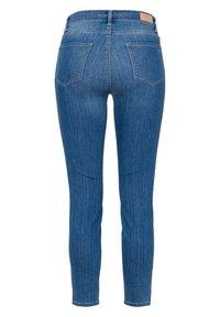 BRAX - STYLE SHAKIRA - Jeans Skinny Fit - blue (82) - 3