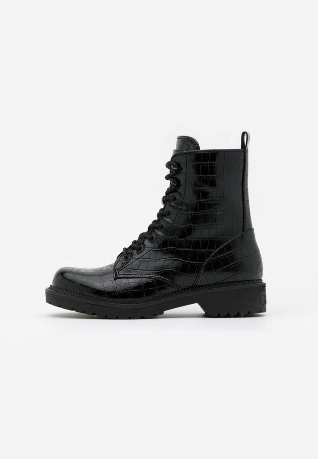 TALISI - Veterboots - black