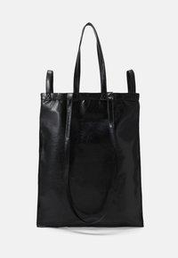 SHINY PLEATHER BERLIN BAG - Cabas - black