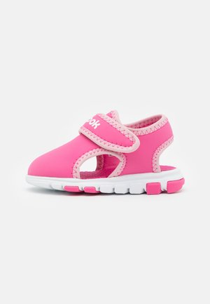 WAVE GLIDER III UNISEX - Chodecké sandály - kicks pink/classic pink/white