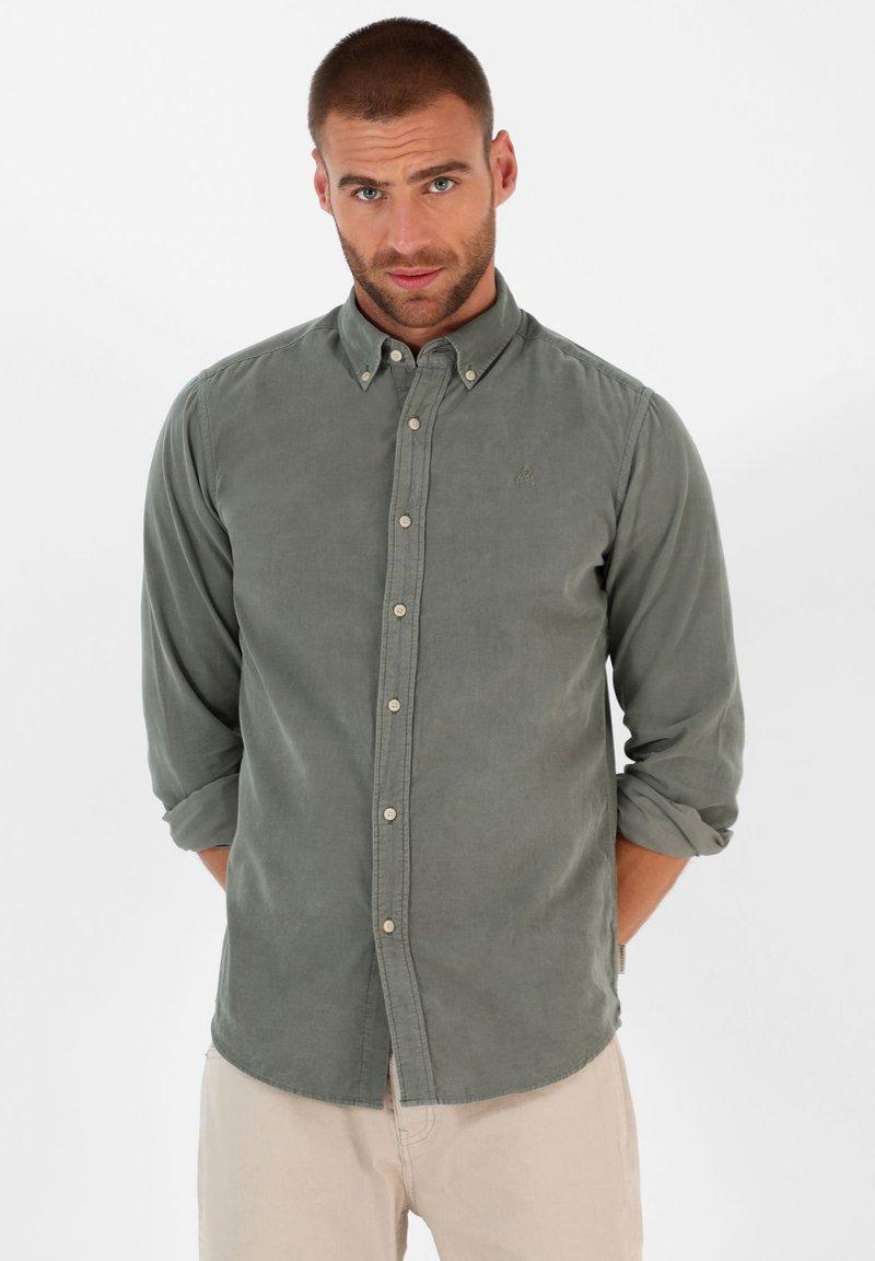 Scalpers - CORDUROY - Shirt - light khaki