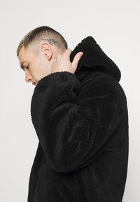 Topman - HOODED - Tunn jacka - black - 3
