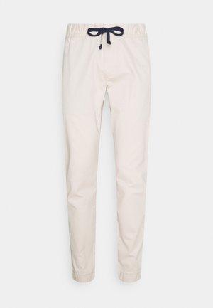 SCANTON DOBBY  - Trousers - smooth stone